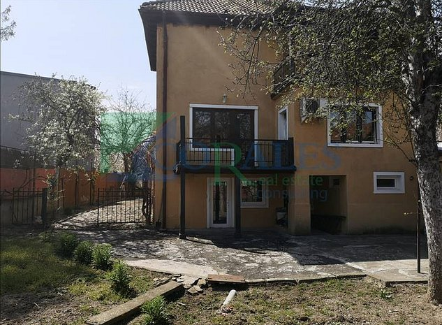Casa Individuala In Zona Centrala - imaginea 1