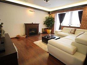 Apartament de vânzare 3 camere, în Bacau, zona Zimbru