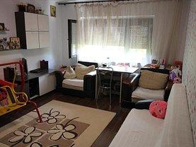 Apartament de vânzare 2 camere, în Bacău, zona Banca Naţională
