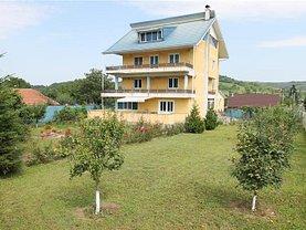 Casa de vânzare 9 camere, în Bacău, zona Exterior Est