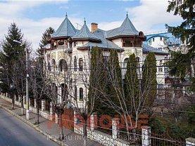 Casa de vânzare 15 camere, în Bacău, zona Ultracentral