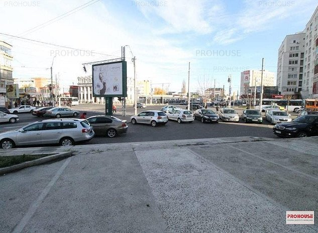 Zona Bancorex - spatiu comercial 100 mp - imaginea 1