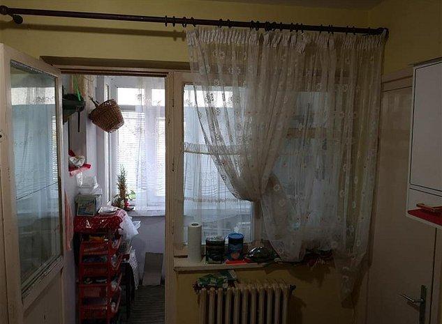 Vanzare Apartament Centru, Bacau - imaginea 1