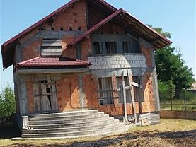 Casa de vânzare 5 camere, în Bacău, zona CFR