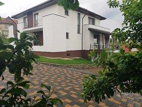 Casa de vânzare 3 camere, în Bistriţa, zona Central