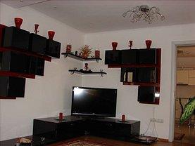 Casa de vânzare sau de închiriat 5 camere, în Sibiu, zona Periferie