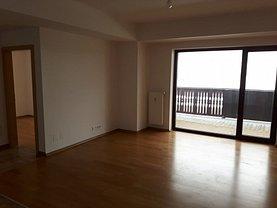 Apartament de vânzare 3 camere, în Predeal, zona Sud