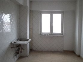 Apartament de vânzare 4 camere, în Brasov, zona Centrul Civic