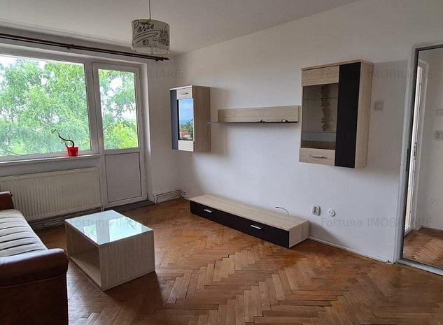 Apartament 2 camere , intermediar - imaginea 1