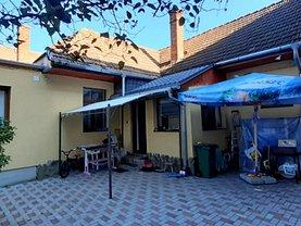 Casa de vânzare 3 camere, în Braşov, zona Braşovul Vechi