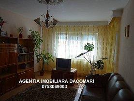 Apartament de vânzare 3 camere, în Galati, zona Piata Centrala