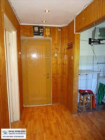 3 camere, Micro 39, etaj 3/4 - imaginea 1
