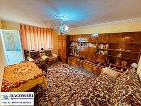 Apartament de vânzare 3 camere, în Galaţi, zona Micro 21