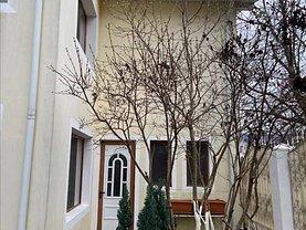 Casa de închiriat 5 camere, în Galaţi, zona Central