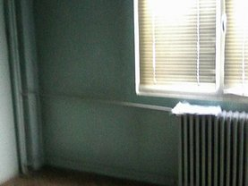Apartament de vânzare 3 camere, în Brasov, zona Grivitei