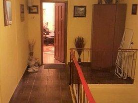 Apartament de vânzare 3 camere, în Ocna Sibiului, zona Ultracentral