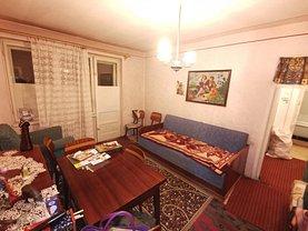 Apartament de vânzare 2 camere, în Ploieşti, zona Cina