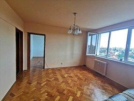Apartament de vânzare 3 camere, în Ploieşti, zona Cina