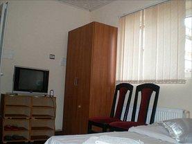 Casa de închiriat 11 camere, în Ploiesti, zona Marasesti