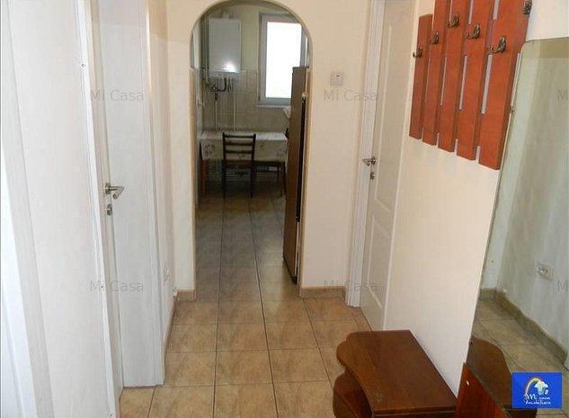 Apartament 3 camere zona Gemenii - imaginea 1