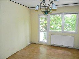Apartament de vânzare 3 camere, în Brasov, zona Astra
