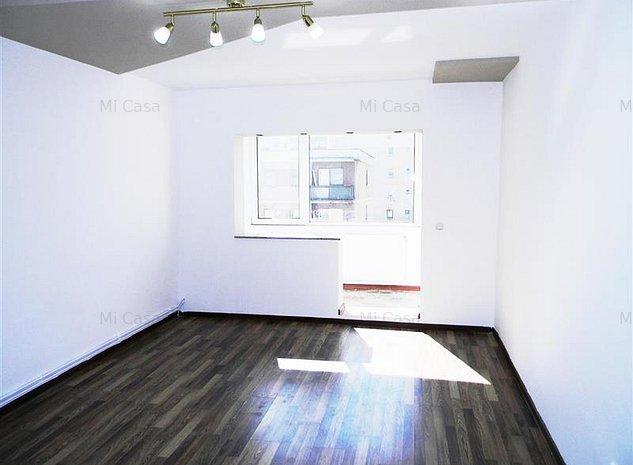 Apartament decomandat cu2 balcoane, renovat, zona Judetean - imaginea 1