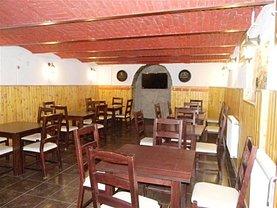 Casa de vânzare 20 camere, în Hărman, zona Central