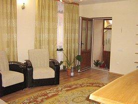Casa de închiriat 5 camere, în Hărman, zona Central