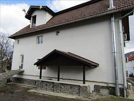 Casa de închiriat 10 camere, în Sacele, zona Baciu