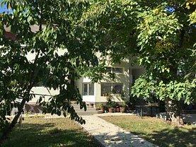 Casa de vânzare sau de închiriat 8 camere, în Ploiesti, zona Central