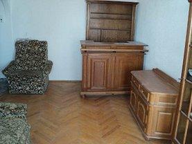 Apartament de vânzare 4 camere, în Gugesti