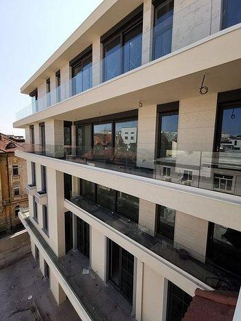 Maison Dumbrava, imobil premium in zona Gradina Icoanei - imaginea 1