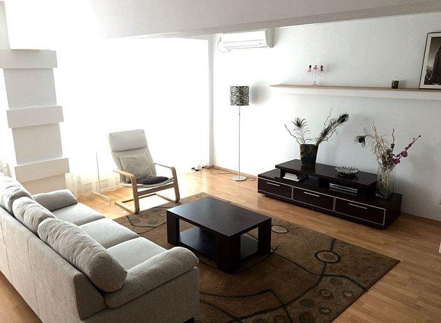 Mosilor, apartamemnt de 3 camere transformat in 2, mobilat - imaginea 1
