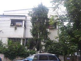 Casa de vânzare 10 camere, în Bucuresti, zona Casin