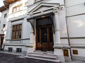 Casa de vânzare 14 camere, în Bucureşti, zona Universitate