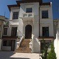 Casa de închiriat 4 camere, în Bucureşti, zona P-ţa Romană