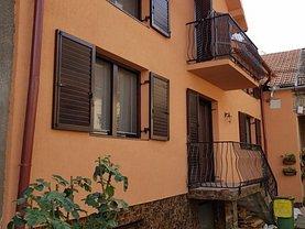 Casa de vânzare 4 camere, în Oradea, zona Decebal