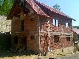 Casa de vânzare 6 camere, în Reşiţa, zona Marginea