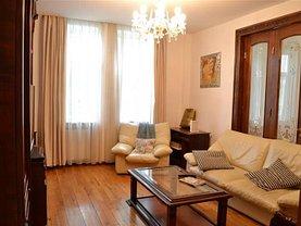 Apartament de închiriat 5 camere, în Bucuresti, zona P-ta Romana