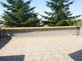 Apartament de vânzare 4 camere în Bucuresti, Casin