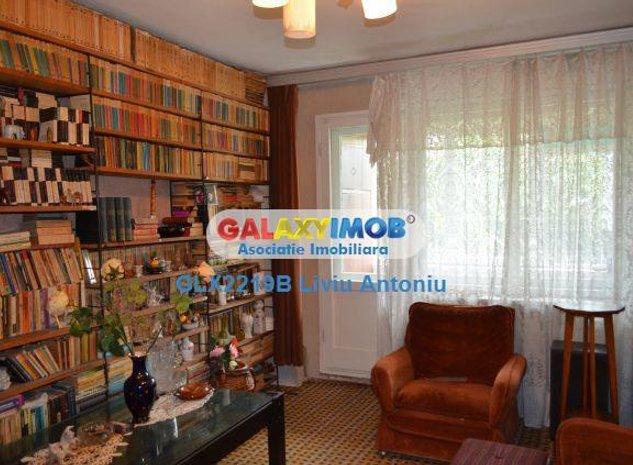 Vanzare apartament 3 camere decomandat Doamna Ghica - imaginea 1