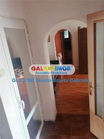 Vanzare  apartament 2 camere,etaj 4 , zona Mihai Bravu-Obor - imaginea 1