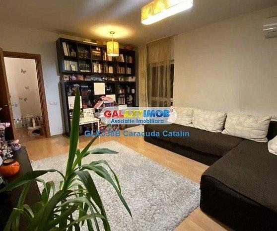 Vanzare Apartament 3 camere Pacii 3 min metrou - imaginea 1