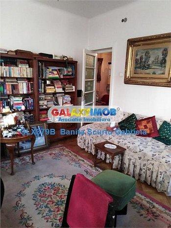 Vanzare apartament in vila ,3 camere, la etaj 1/3 zona Centrala - imaginea 1