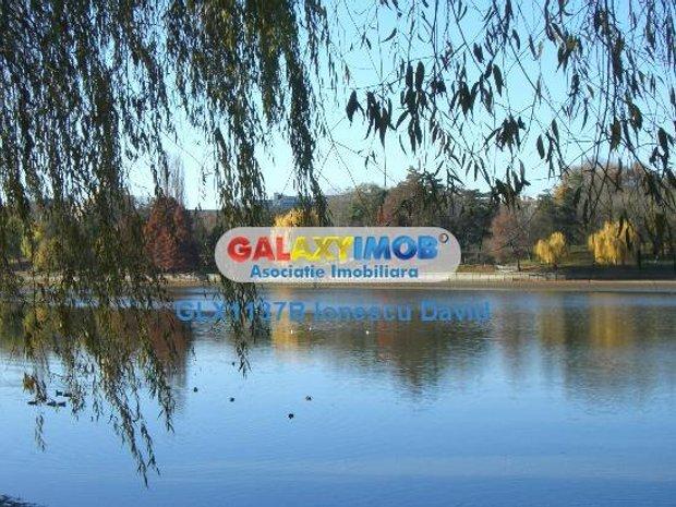 Teren cu PUD pozitionare deosebita, lac Baneasa parc Herastrau - imaginea 1