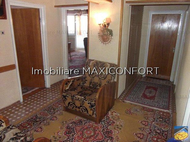 Vanzare 4 camere-Imobiliare MAXICONFORT - imaginea 1