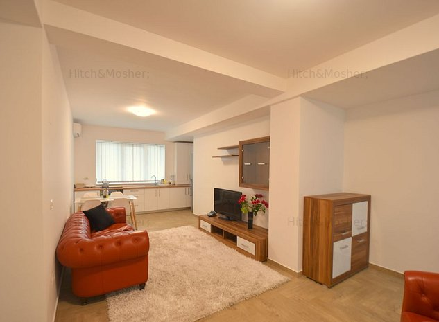 Apartament cu 3 camere de inchiriat in zona Soarelui - imaginea 1