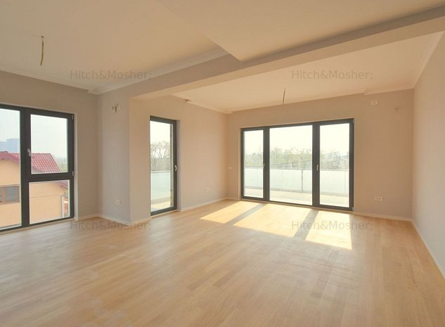 Penthouse 3 camere - zona Lipovei - imaginea 1
