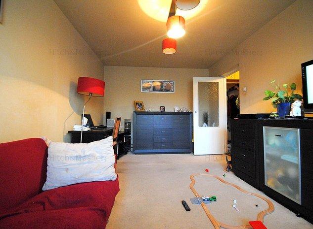 Apartament 3 camere, zona Lipovei - imaginea 1