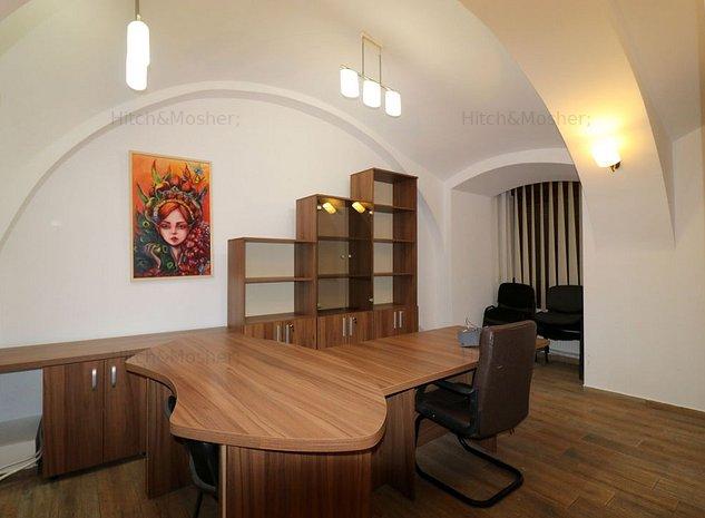 Apartament in Piata Unirii, pentru activitati de birou - imaginea 1